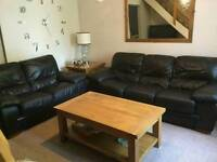 Leather sofa/suite