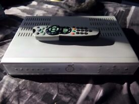 SKY BOX SKYBOX SKY+ BOX WITH REMOTE CONTROL