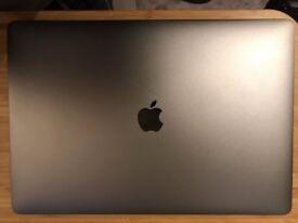 MacBook Pro 15'' 2016, Space Gray, Intel Core i7 2.7 GHz, 512GB SSD, 16 GB RAM, Radeon 455 2GB.