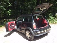 Mini 1.6 Automatic Petrol with Red Half Leather Interior, Panoramic Roof & 6CD Changer MOT-07/17
