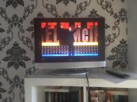 "Bush TV/DVD 19""HD"
