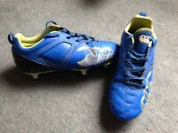Canterbury rugby boots size 4. Light Blue and Yellow