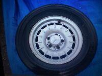 """Mercedes 14"""" Mexican Hat Alloy Wheel SL R107 W108"""