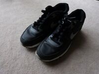 Black and grey nike air max 90's trainers SIZE 8