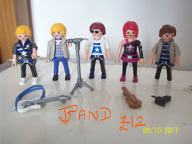 PLAYMOBIL MUSIC BAND/SINGING GROUP WITH SINGERS,MICROPHONE,GUITARS