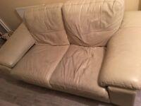 Use cream leather sofas