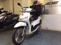 *** Scooter Hire with Delivery Insurance, Rent a Peugeot Tweet with Delivery box and Rack Fitted ***