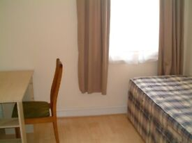 2 x Single room to let