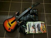 Xbox 360 S 250 GB + 2 controllers + guitar controller + games