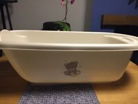 Baby bath with top and tail bath