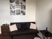 Self Contained Studio In Armley, Aviary Road £85 PW NO DSS NO BOND