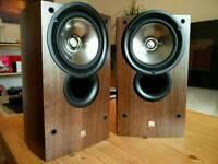 Speakers KEF Iq1