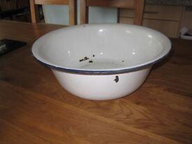 Vintage White Enamelware enamel Wash Basin Dish Pan Country Kitchen Farmhouse or garden pot planter