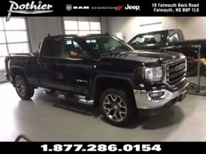 2016 GMC Sierra 1500 SLE | CLOTH | HEATED MIRRORS | CD PLAYER |
