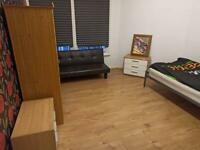 Furnished self contained studio to let in Rugby Central
