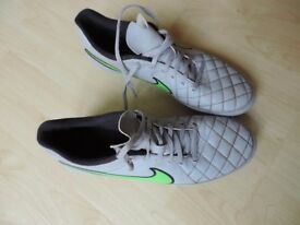 Nike football boots Size 10/ EU 45