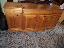 Large Solid Pine Ducal 4 Door Sideboard Quality Antique Style