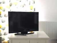 "Toshiba 32"" LCD TV - 32BV700B (used) - Dimensions : 55cm (H) 78cm (W) 94cm (D) (includes foot stand)"
