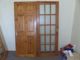2 INTERNAL DOORS 1981mm x 762mm