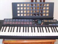 YAMAHA PSR-76 ELECTRIC KEYBOARD