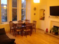 Bright and spacious flat in Kelvinbrdge 3 bedrooms with large living/dining room