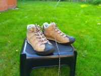 Hiking boots from Clarks size UK 4.5