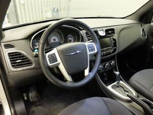 2013 Chrysler 200 TOURING A/C MAGS TOIT OUVRANT West Island Greater Montréal image 15