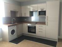 IMMACULATE 2 BED FLAT, BAXTER STREET, OLD TORRY