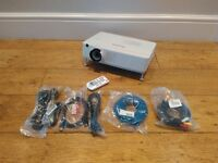 Panasonic Projector PT-VX400 ( HD ) HDMI input / with remote and cable