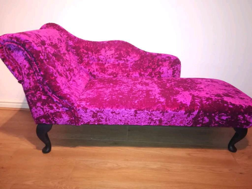 Beautiful crushed velvet chaise longue | in Swansea | Gumtree on velvet recliner, velvet loveseat, velvet chaise lounge, velvet headboards, velvet curtains, velvet bedding,