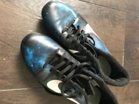 Men's size 7 foot ball boots