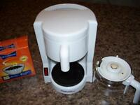 4 cups Coffee maker
