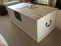 Solid oak chest / blanket box / coffee table