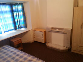 CENTRAL DERBY DOUBLE ROOM