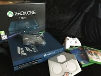Xbox one special edition forza console + accessories