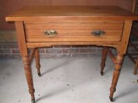 ANTIQUE PINE TABLE. Delivery possible. ALSO : Church chairs , pine pew & more old furniture.