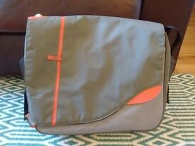TechAir Laptop Messenger Bag Orange/Grey