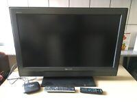 Sony Bravia 32 Inch TV KDL32U3000 With Freeview, Remote Etc