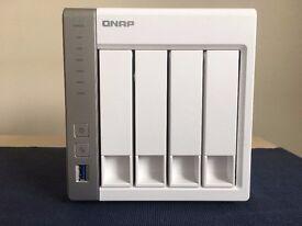 QNAP TS-431 NAS (Enclosure + 4 x4TB WD RED Drives)