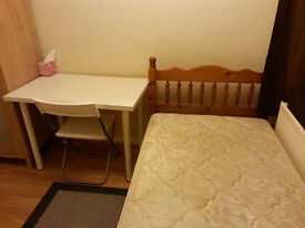 Single Room, CLEAN house, incl BILLS, INTERNET. Colindale Tube station Northern Line, Middlesex Uni