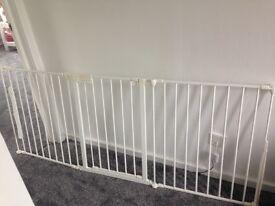Large/ corner baby gate