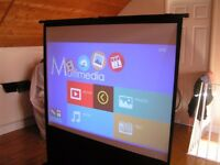 POP UP PROJECTOR SCREEN,HIGHLY PORTABLE AND EASY TO USE SEE VIDEO.Located South Cave