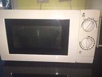 MICROWAVE USED 15£ PENARTH Good condition.