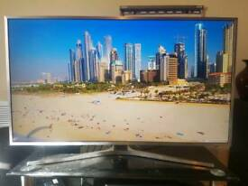 "40"" SAMSUNG 4K ULTRA HD SMART WIFI LED TV BUILT IN FREEVIEW WITH REMOTE AND MAGIC VOICE REMOTE"