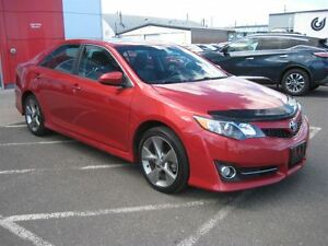 2012 Toyota Camry SE V6 (A6) | Winter Tires & Rims!