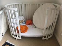 Cot Stokke Sleepi - with toddler extension, canopy, 2 sizes of mattresses, bumpers and and sheets