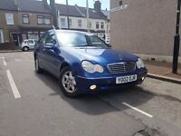 Mercedes Benz C180 IN VERY CLINE CONDITION FULL LEATHER DAN OPTION