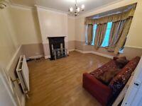 LAST ONE!!! Short Term Room in Catford on Verdant Lane