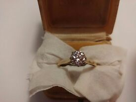 18ct Yellow Gold DIAMOND RING - Will NEGOTIATE price and post