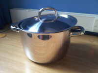 Kitchenware: pot, pan, plates, cutting board, glasses